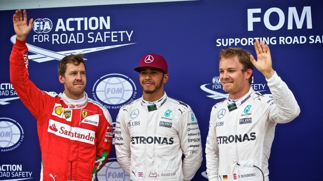Dulce 'top 10' de Alonso; amargo error de Sainz