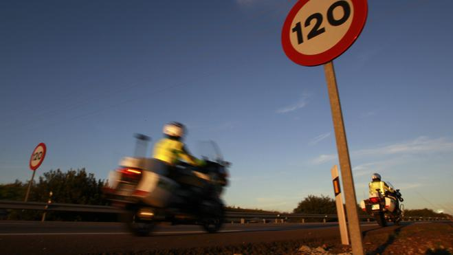 Los partidos políticos, favorables a los 130 km/h
