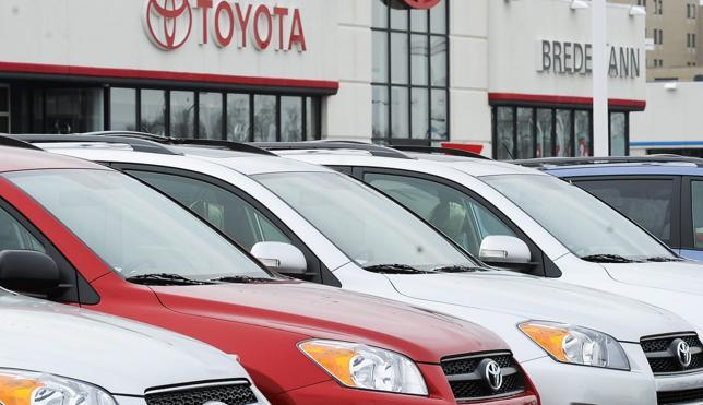 Las ventas de coches se disparan un 20% en junio y vuelven a superar las 100.000 unidades