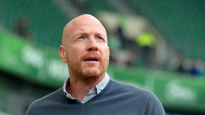Matthias Sammer presenta su dimisión