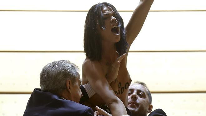 Absueltas las cinco activistas de Femen que irrumpieron en una manifestación antiabortista en 2013
