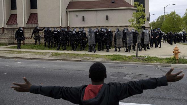 La Casa Blanca concluye que la Policía de Baltimore discrimina a los negros