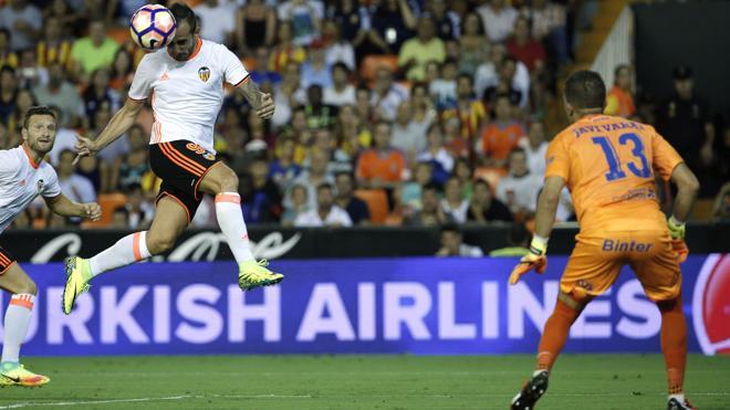 El Valencia iguala al Sevilla como club nodriza de un Barça campeón