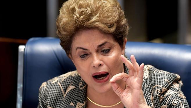 Rousseff exhorta entre lágrimas al Senado a impedir el «golpe de Estado»
