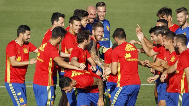 Las claves de la «exigente» nueva España
