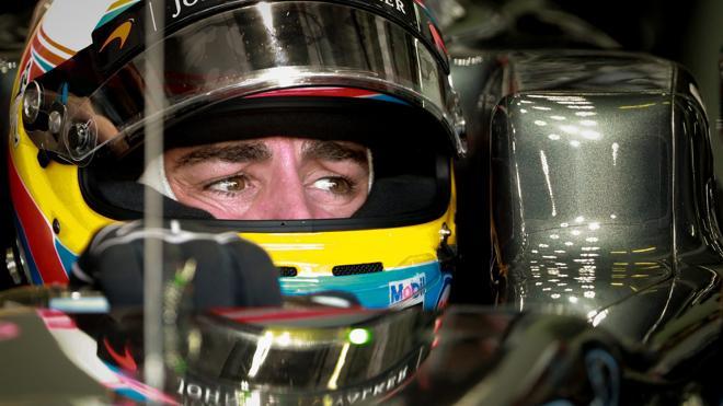 Alonso: donde no llega el motor, llegan sus remontadas