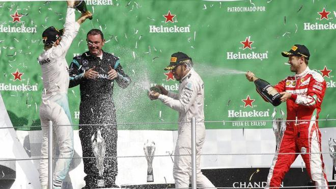 La fiesta de Rosberg se retrasa a Brasil