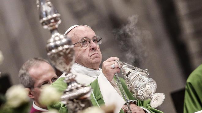 El Papa pide ante mil presos mejores condiciones de vida en las cárceles