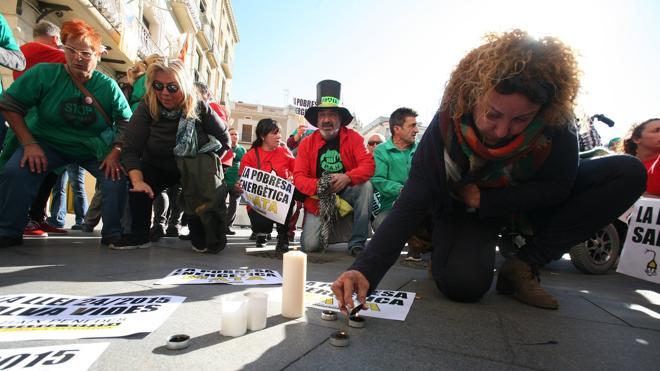 Gas Natural detiene los cortes de luz en Reus tras el fallecimiento de la anciana