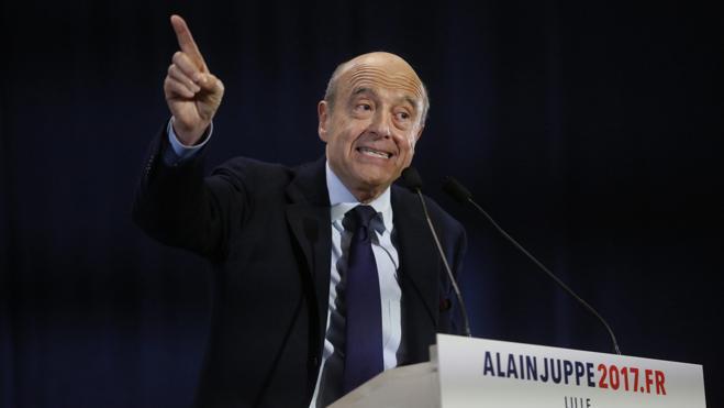 Juppé, un ave fénix a la sombra de Chirac