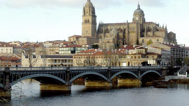 Hallan el cadáver de un joven en el río Tormes a su paso por Salamanca