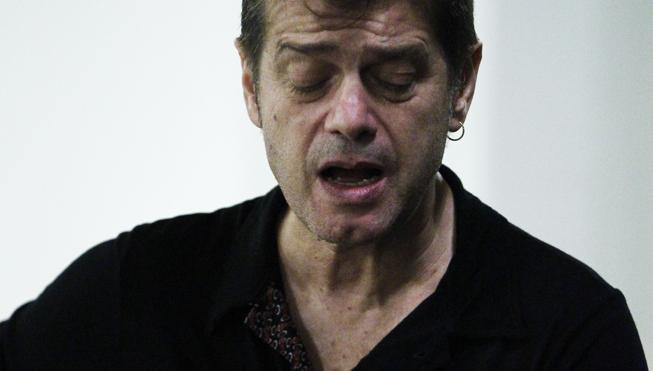 La desnudez acústica de Juan Perro