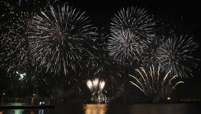 El ataque terrorista en Estambul empaña las celebraciones de todo el mundo