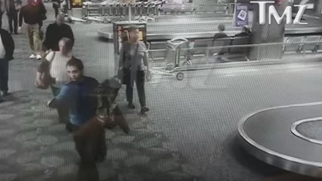 Un vídeo muestra la sangre fría del atacante del aeropuerto de Florida