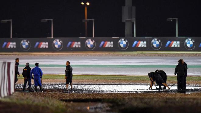 La lluvia aplaza los entrenamientos