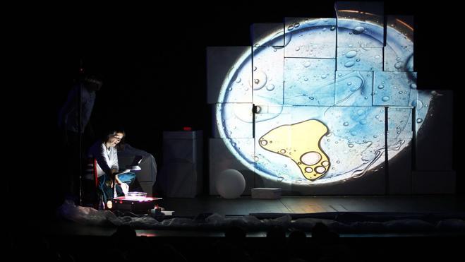 El teatro «sobrevive» pero la profesión se «resiente» de la crisis