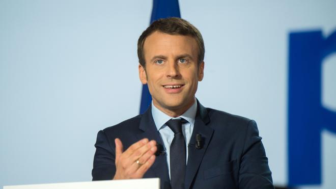 Macron quiere «pasar página de los últimos 20 años» en Francia