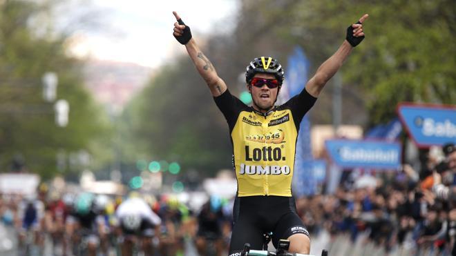 Roglic gana la cuarta etapa y De la Cruz sigue líder