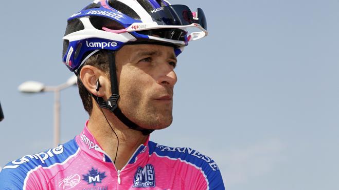 Muere atropellado el ciclista italiano Michele Scarponi mientras entrenaba