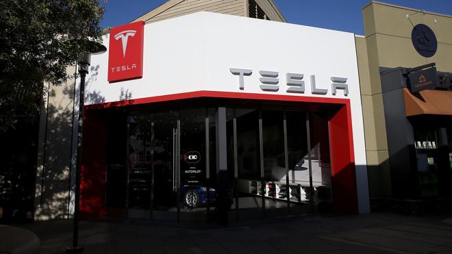 Tesla pierde un 17% en el primer trimestre pese a duplicar los ingresos