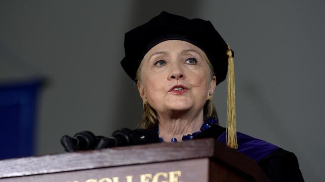 Hillary Clinton recuerda la caída de Nixon por obstruir la Justicia en alusión a Trump