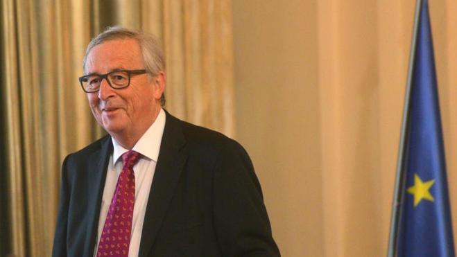 Juncker alerta de que «la protección de Europa ya no puede subcontratarse» a terceros