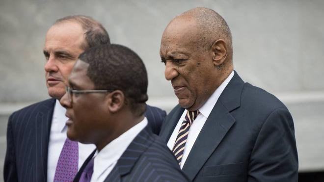 Bill Cosby confirma que no testificará en su juicio