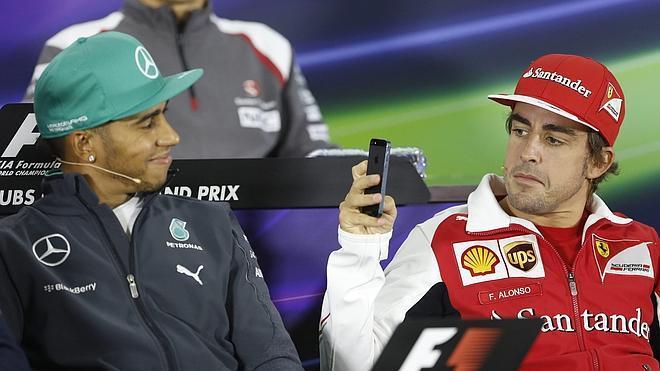 Hamilton: «Espero que haya más carreras como la de Baréin a lo largo del año»