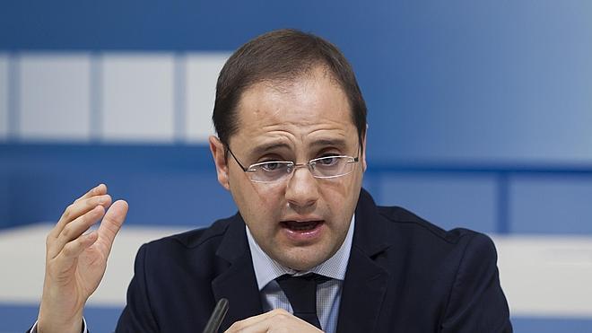 El PSOE solicitará al juez Ruz la imputación de Cuevas por el caso Bárcenas