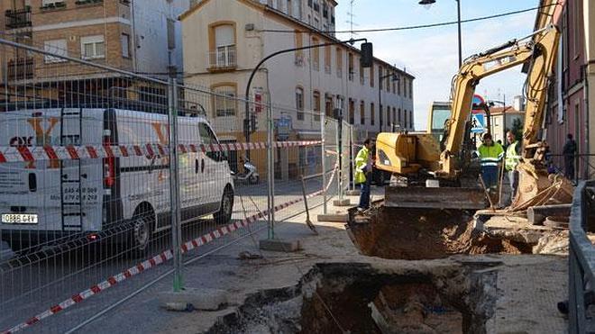 Avería en la calle Bebricio, autobuses sin estación