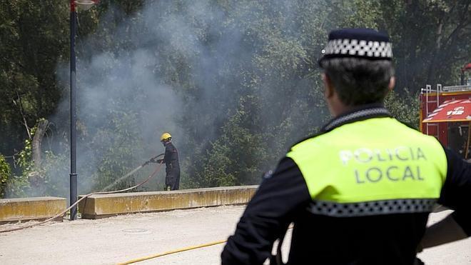 El PSOE critica que el director general de la Policía Local se presenta a una plaza creada por él