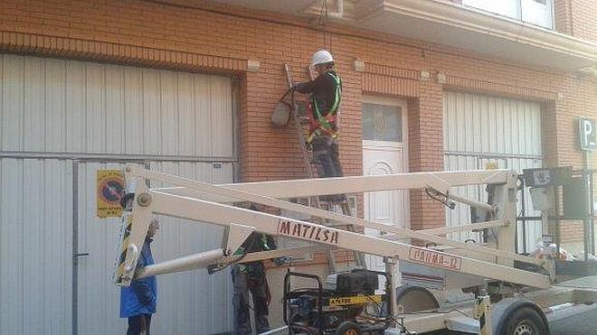 Alfaro inicia la renovación del 85% de su alumbrado
