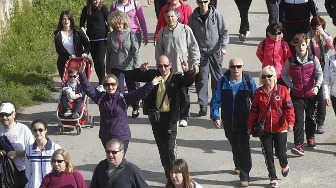 """Más de 1.600 personas en el primer """"Paseo Saludable"""""""