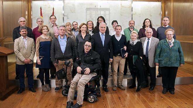 El Gobierno regional destina 523.000 euros a 14 asociaciones de pacientes