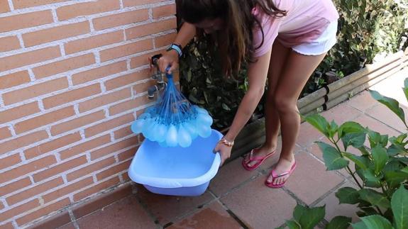 Tres Refrescantes Juegos Con Globos De Agua Para Los Mas Pequenos