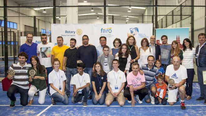 El IV Torneo de Padel del Rotary Club de Logroño recauda 11.000 euros para FARO