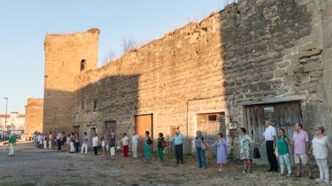 Ayuela lamenta la falta de avances hacia la restauración de la muralla de Santo Domingo