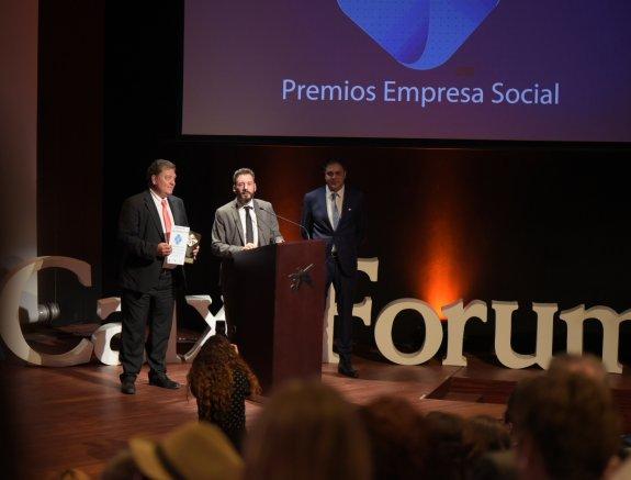 Bodegas La Rioja Alta recibe el premio Empresa Social 2017 por su programa solidario anual