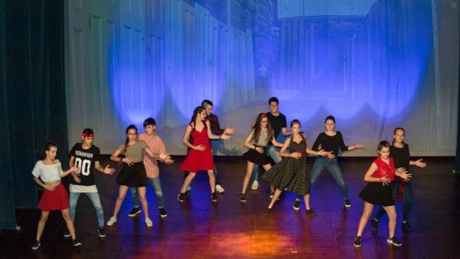 Harteraphia cierra el curso con 'West side story'